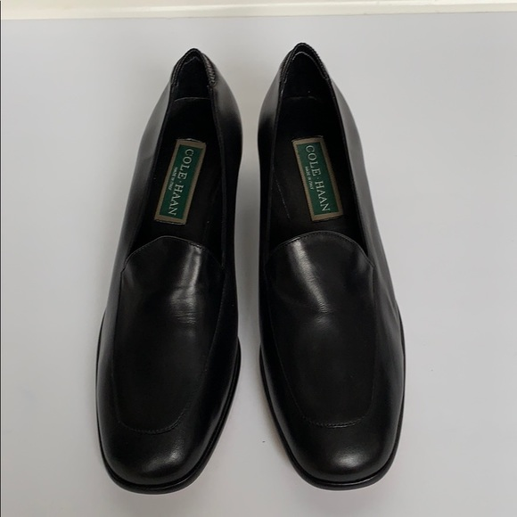 Cole Haan Shoes - COLE HAAN Black Leather Comfort Loafer